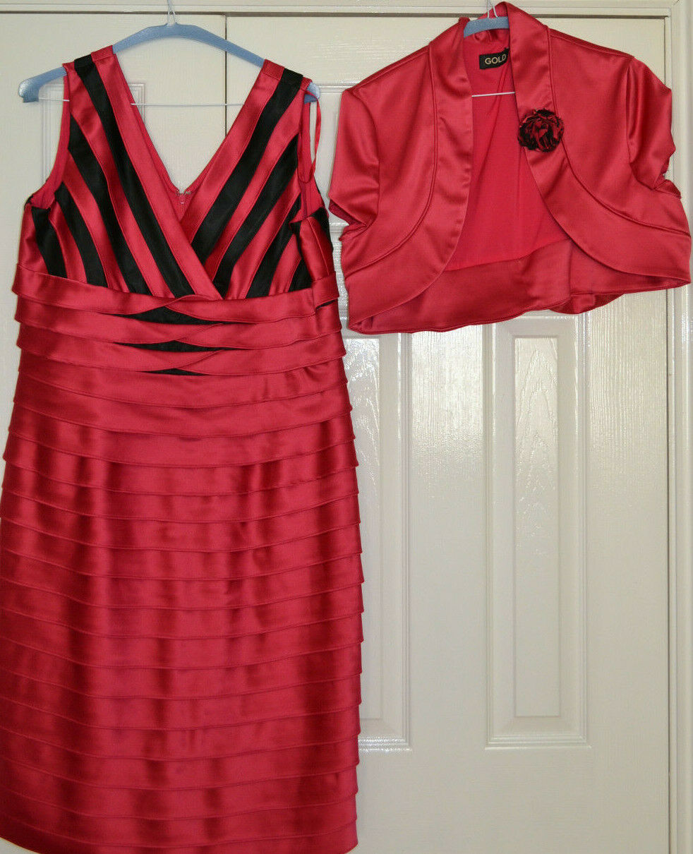 ** Designer Pleated Dress and Jacket By Gold Size 16, Dark Pink. Worn Once **