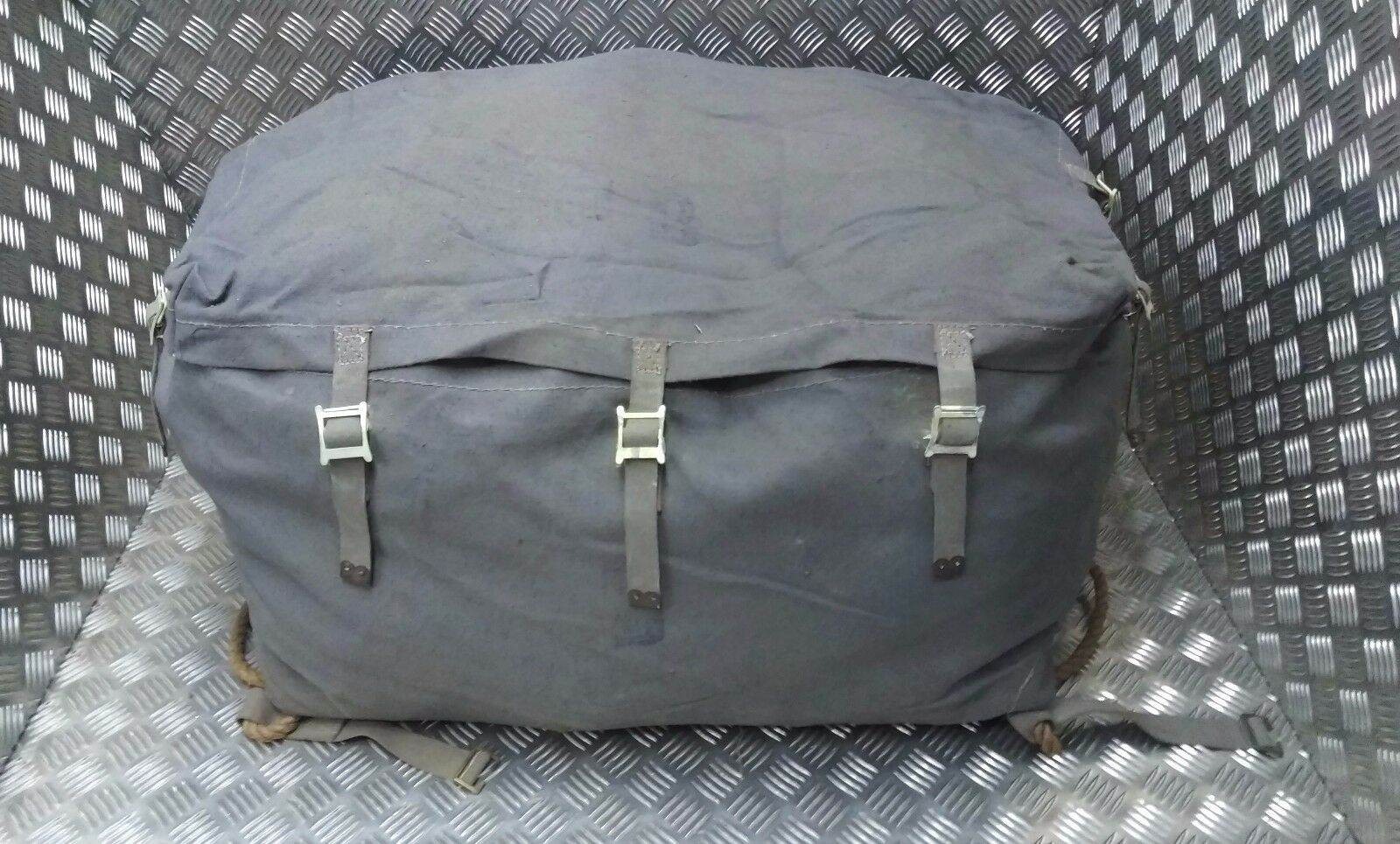 Genuine Vintage Nordic Military Issue Heavy Duty Canvas Rope Base Transport Bag