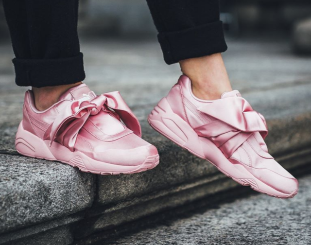 super popular 4ec2d 1c020 PUMA R698 Trainers Pink Satin Fenty Size 8.5uk