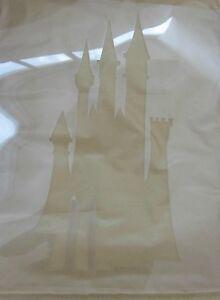 Disney-pochoir-deco-chambres-a-coucher-des-enfants-silhouette-CHATEAU-PRINCESSES
