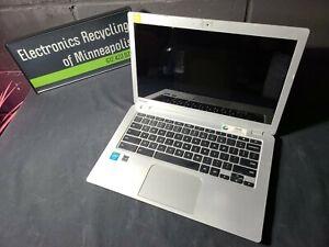 """Toshiba Chromebook Cb35-b3340 Intel Celeron N2840 1.6GHz 4GB DDR3 13.3"""" 16GB"""
