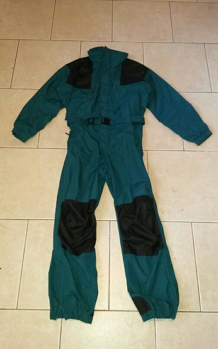 COLUMBIA ski snow board suit,waterproof,not insulated,mens M  52 chest,one piece  quality guaranteed