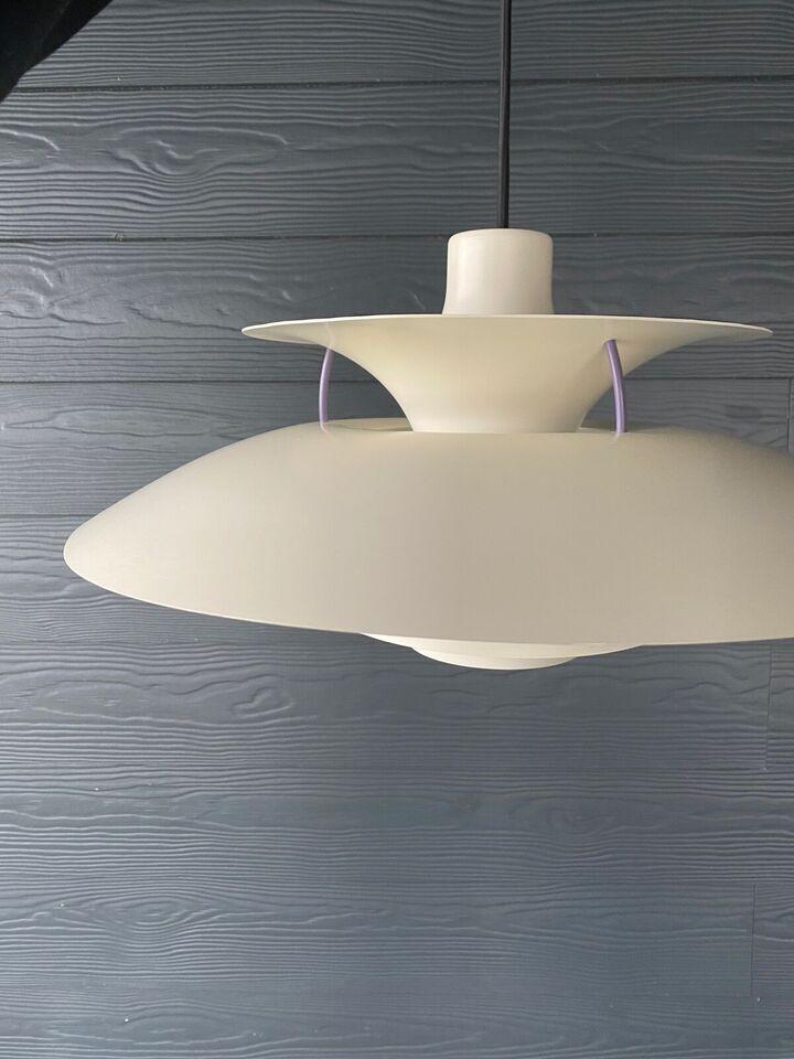 LED, Poul Henningsen