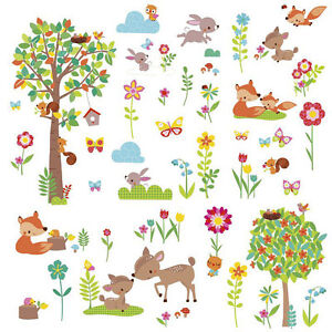 wandtattoo tiere des waldes babyzimmer wandsticker baum. Black Bedroom Furniture Sets. Home Design Ideas