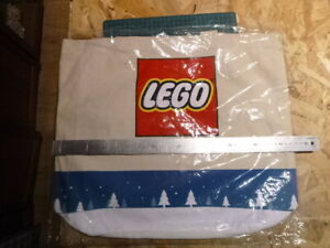 RARE-sac-a-cadeaux-Lego-toile-epaisse-neuf-superbe-qualite-sac-de-noel-rare