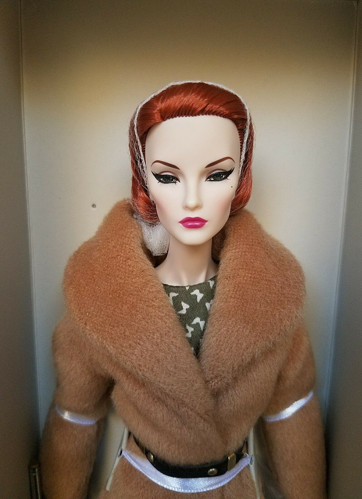 NRFB FINE PRINT ELISE JOLIE FASHION ROYALTY INTEGRITY Doll