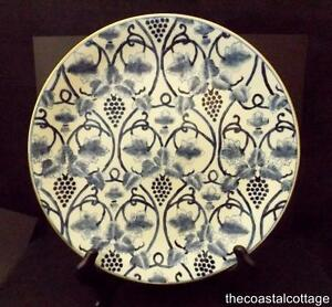 Image is loading Chinese-Porcelain-Decorative-Plate-Grapes-Blue-&-White-  sc 1 st  eBay & Chinese Porcelain Decorative Plate Grapes Blue u0026 White Gold Trim 10 ...