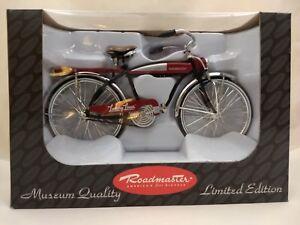 Roadmaster-Luxury-Liner-Mini-11-3-4-034-Bicycle-Deluxe-1-6-Scale-Limited-Edition