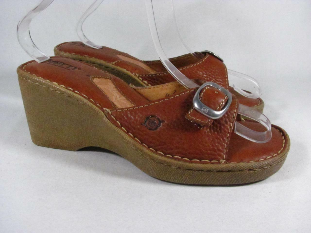Born Buckle Buckle Born Slide Sandal Wedge Women size 7 Tan Leather 77444c