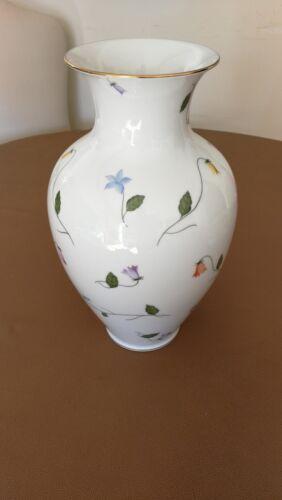 Vaso porcellana Herend interamente decorato a mano decoro Cmuc t2