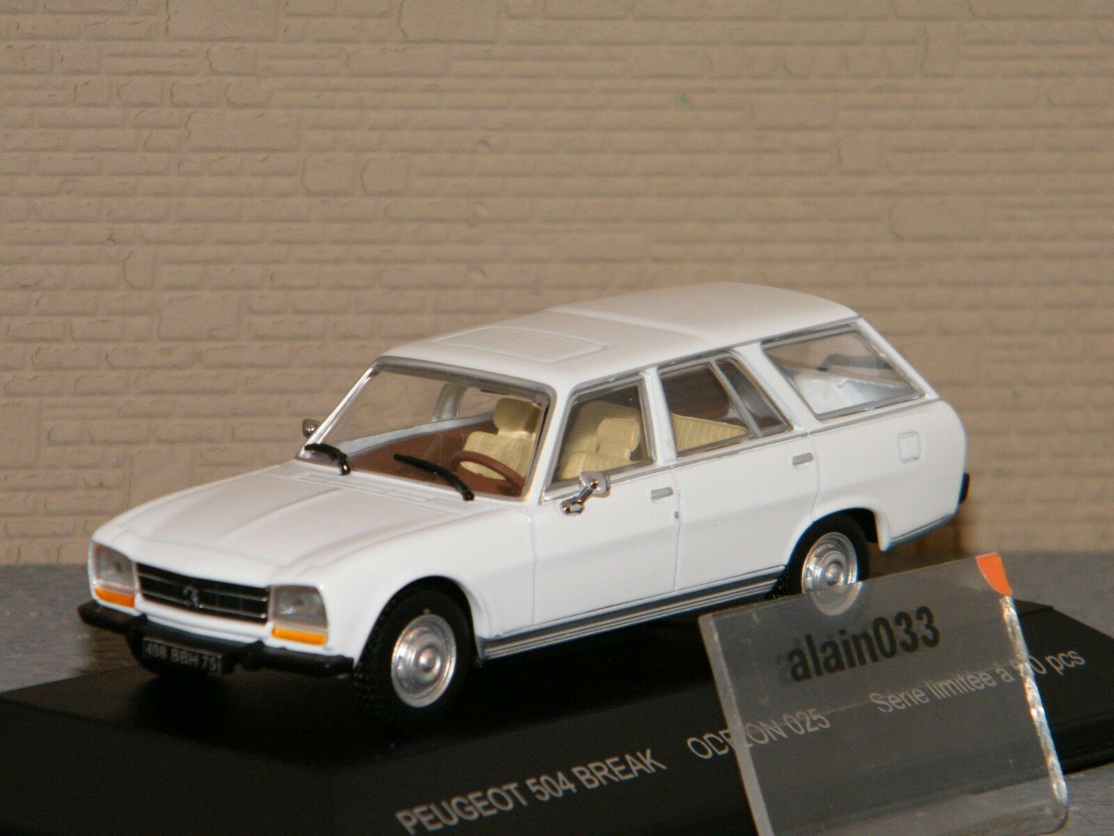 PEUGEOT 504 BREAK BLANCHE ODEON 1 43 Ref 025