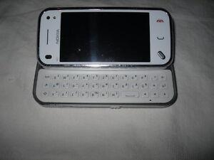Nokia-N97-mini-8GB-Weiss-ohne-Simlock-amp-Branding-UMTS-HSDPA-1Jahr-Garantie