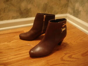 8a6de3b1e7306c New Sam Edelman Marmont Brown Leather Gold Buckled Ankle Boots 6M ...