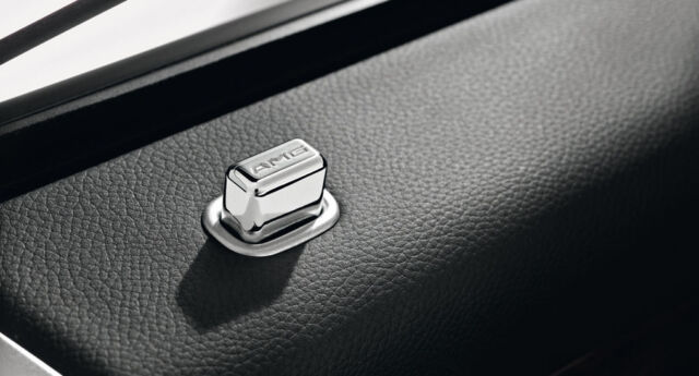 Mercedes Benz AMG Genuine Door Pins Eckig - R 230 Sl Nip