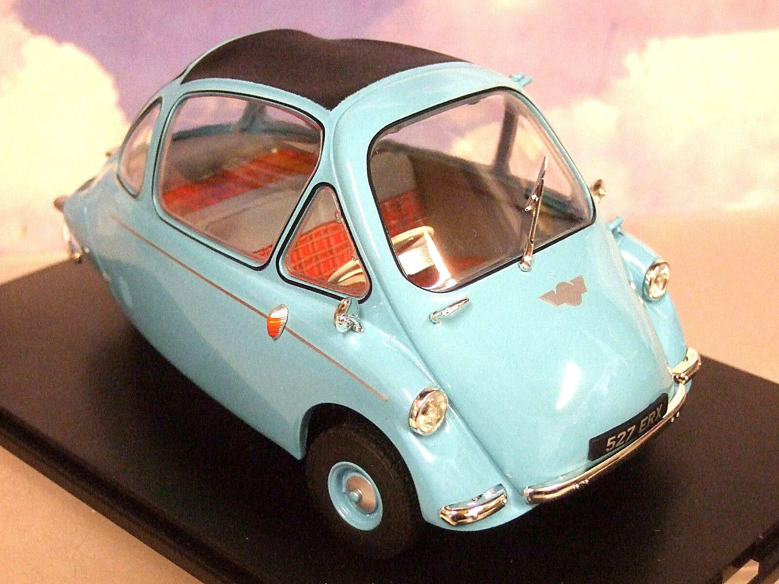Oxford Diecast 1 18 Heinkel Trojan Bubble Car RHD (Kabine) in Roman Blau