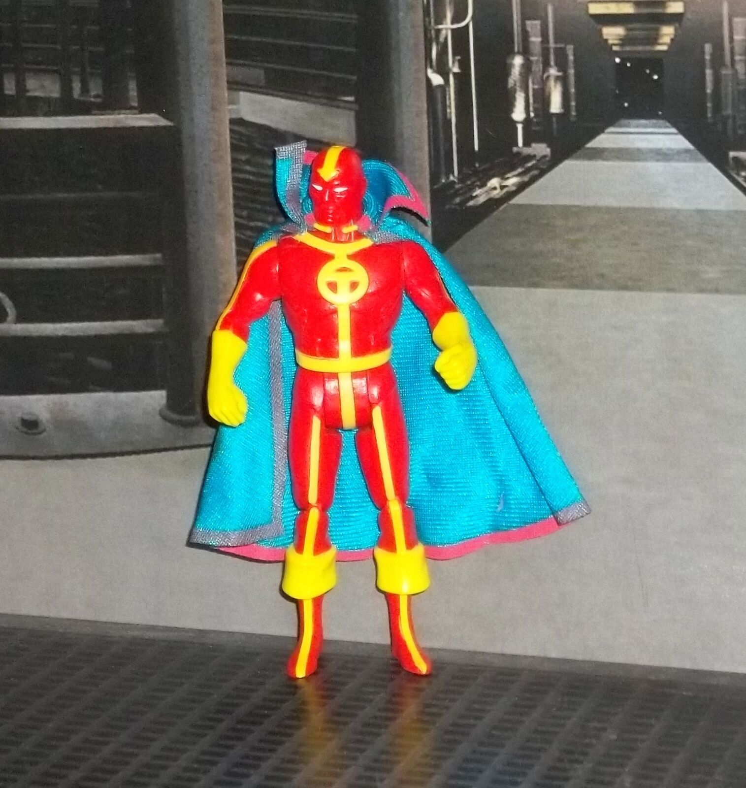 DC SUPER POWERS SERIES JLA JUSTICE LEAGUE rosso TORNADO FIGURE KENNER 1985