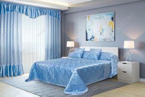 Details zu Schlafzimmer Set: Gardinen und Bettdecke.