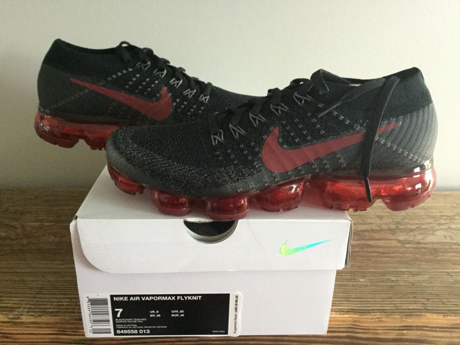 nouveau IN BOX  HOMME TAILLE 7 NIKE AIR VAPORMAX FLYKNIT Chaussures  Brouge  849558-013 Noir Rouge