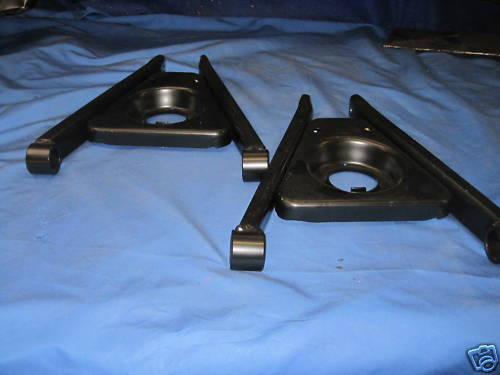 MG   MGB ROADSTER GT FRONT SPRING PANS AND WISHBONE ARM AND BOLT SET   ***