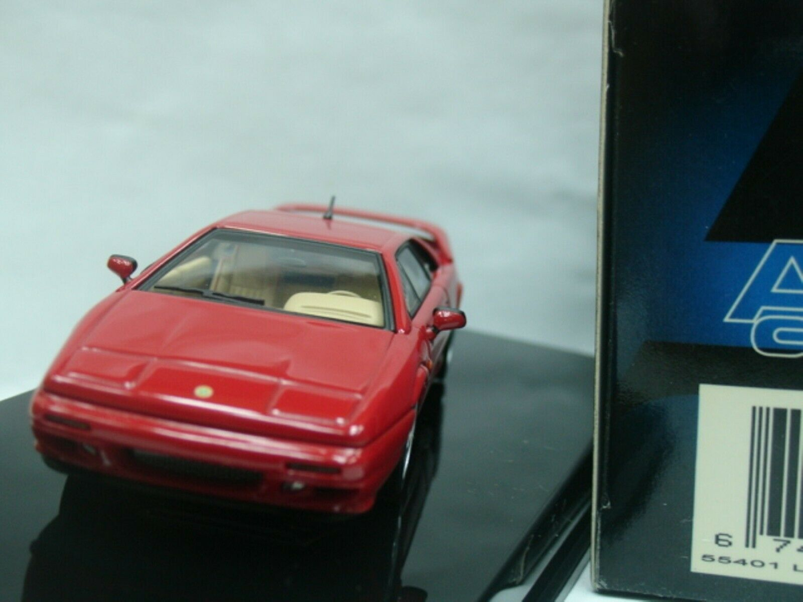 WOW EXTREMELY RARE Lotus Esprit V8 Turbo 350HP 1996 Red 1 43 Auto Art-Minichamps