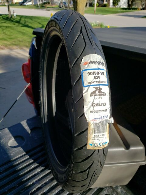 Avon Tyres Roadrider AM26 Tire 110//80V-18 90000000684 110//80-18 front or rear 18