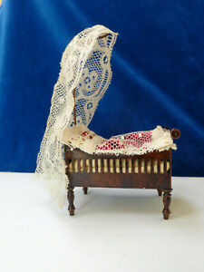 Antique dollhouse furniture Rock & Graner tin toy  made 1890 for mignonette doll