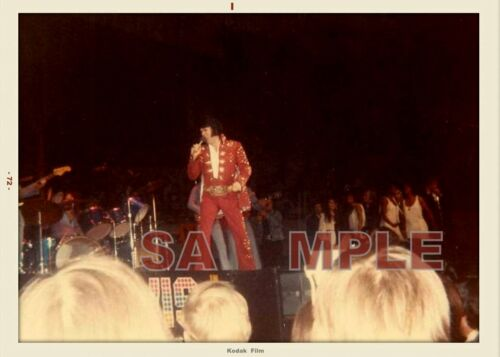 ELVIS PRESLEY  1972 TOUR FANS DATED SAPSHOT IN RED OUTFIT PRO LAB PHOTO