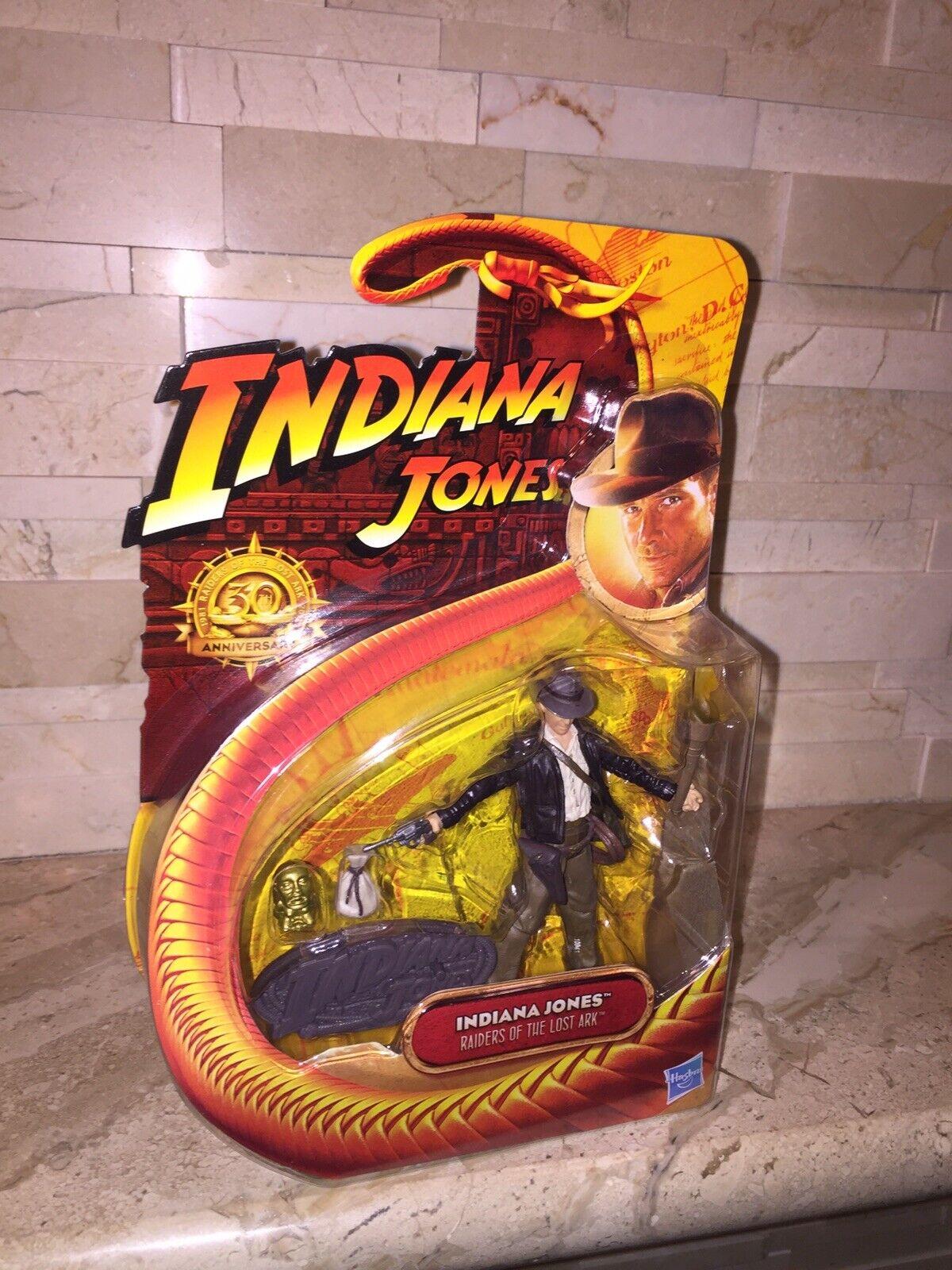 INDIANA JONES WITH TORCH  2011 COMIC CON EXCLUSIVE 30TH ANNIVERSARY FIGURE  voici la dernière