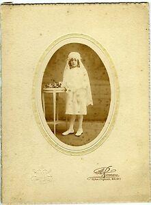 Brillant Photo Vintage Print 1900 Roman Malines Belgique Une Communiante En Robe Courte RafraîChissant Et BéNéFique Pour Les Yeux