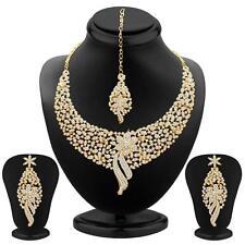 Sukkhi Sleek Gold plated AD Stone Necklace Sets(2103NADM2150)