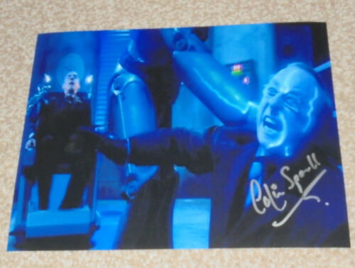 10x8 PHOTO SIGNED - 40 COLIN SPAULL DR WHO