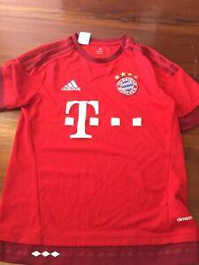 bayern munich jersey Size 13-14 Youth