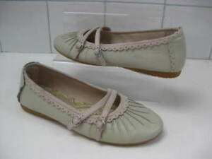 size-UK-7-Ladies-HUSH-PUPPIES-grey-white-leather-shoes-flats-pumps-mary-janes