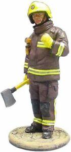 Del Prado 1/32 Firefighter Figure with Axe London UK 2003 - BOM021