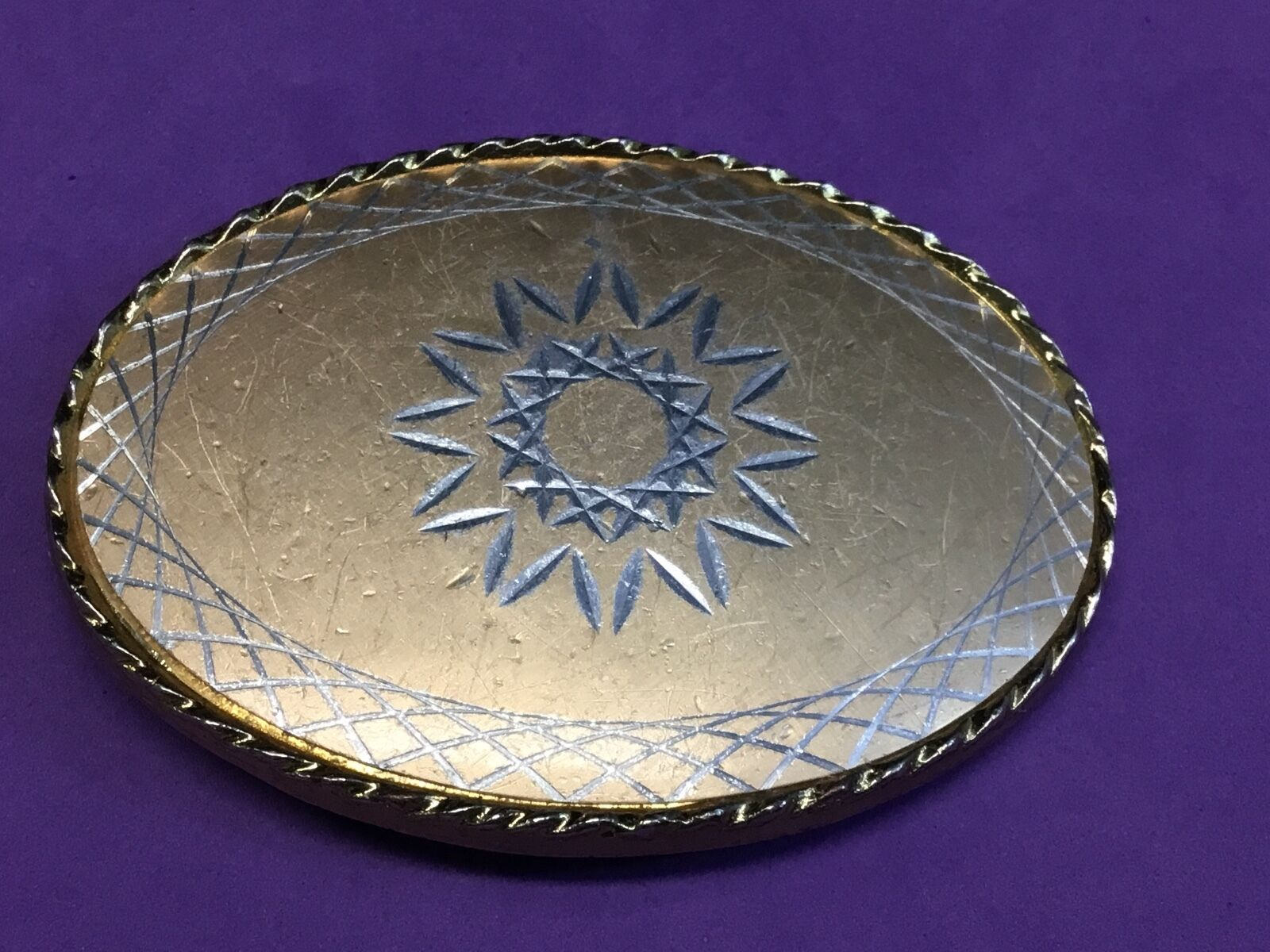 Gold - Tone? etched? pattern belt buckle