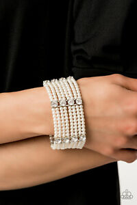 Paparazzi-Jewelry-Bracelet-Get-In-Line-White-2019-Convention-Exclusive-498