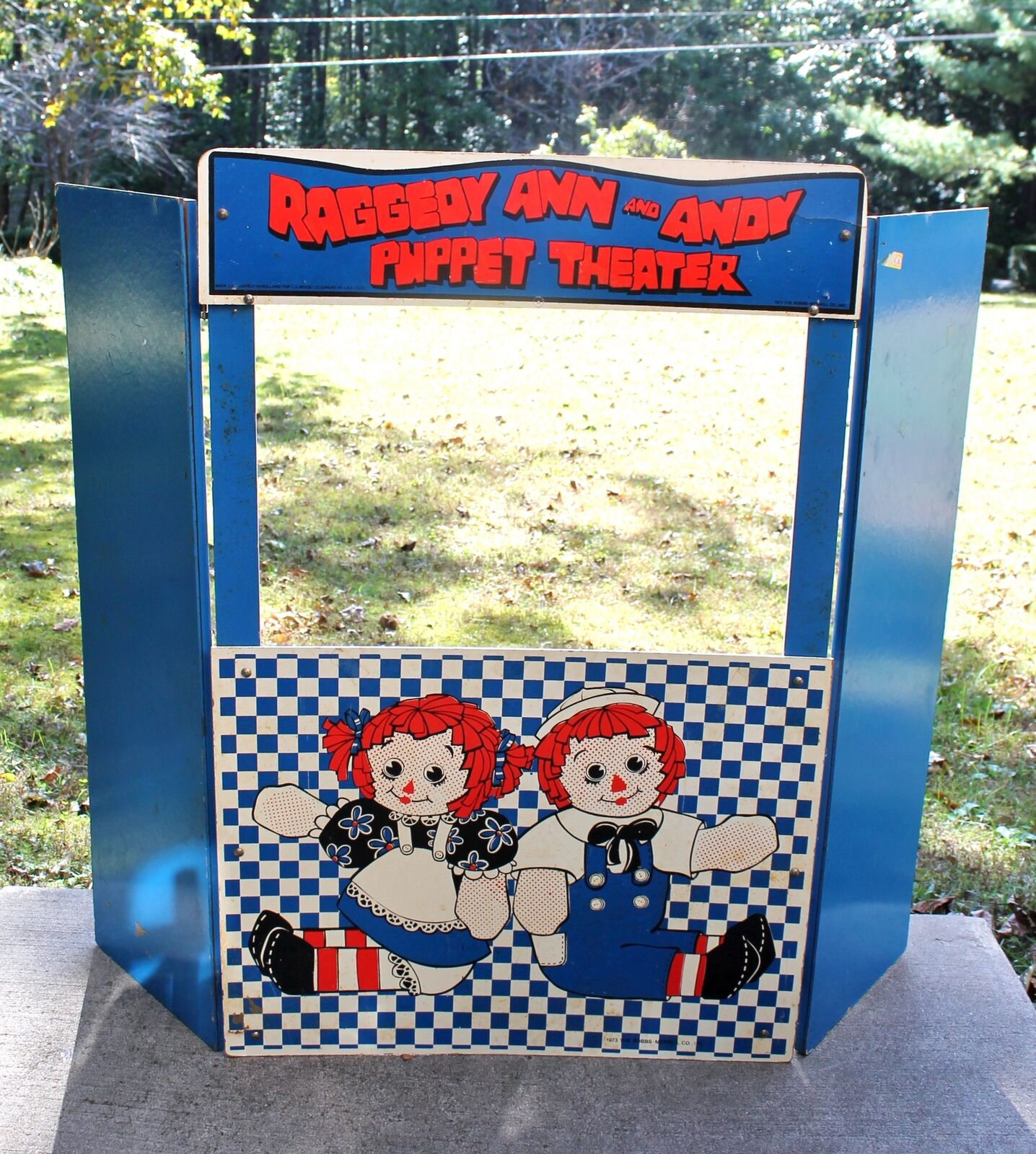 Vintage 1973 Raggedy Ann & Andy Puppet Theater Wood Folding Standup Playset