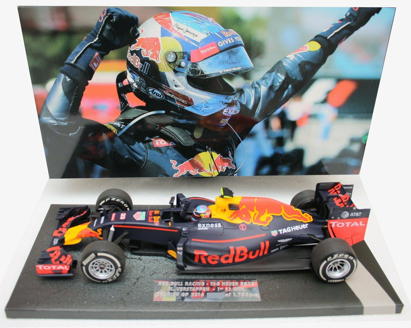 rouge Bull Racing RB12 - 1e F1 winst Max Verstappen Spaanse GP 2016 Edition 8