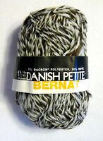 Danish Dark Rich Brown Wool Yarn By Bernat 2352 Yd / 42.24 Oz / 1200 Gr