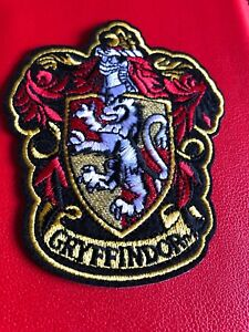 Harry-Potter-GRYFFINDOR-House-Embroidered-Woven-Iron-On-Patch