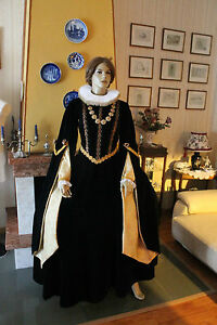 4c2b26b4caec Caricamento dell immagine in corso Abito-Storico-Femminile-1500-Costume -per-spettacoli-art-