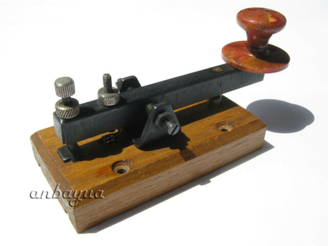 MFJ-553 Telegraph Straight Key w//Wood Base
