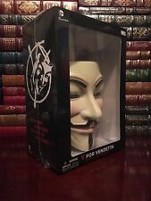 V for Vendetta Deluxe Collector Set Includes Graphic Novel & Guy Fawkes Mask
