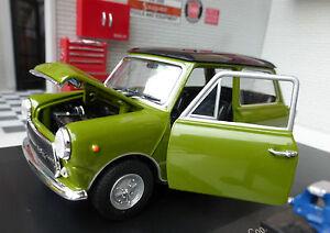Modèle Mini Cooper Classic Old MK 3 vert 1972 échelle 1:24 INNOCENTI Leo 1300  </span>