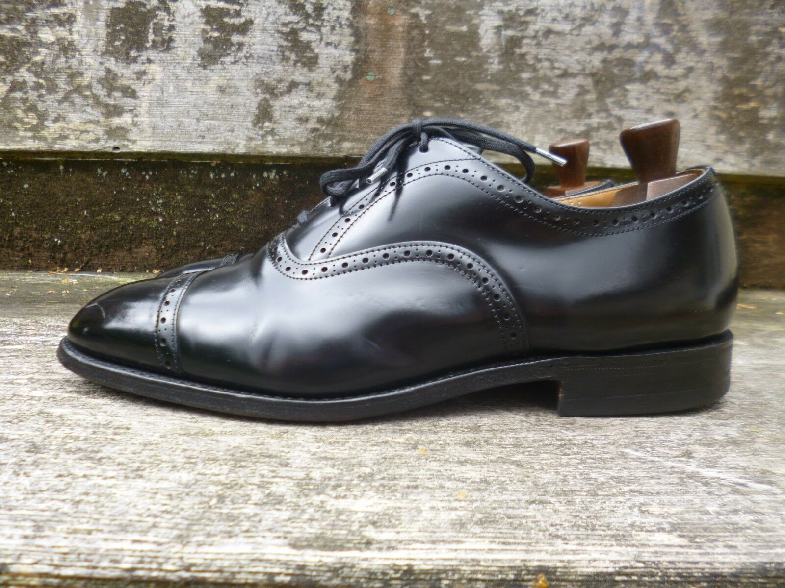 CHURCH BROGUES - BLACK – CONDITION UK 8 – WYE – EXCELLENT CONDITION – 6a9df0