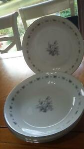 Seyei Fine China Soup Bowls Japan Teresa service 4 #3536 EUC platinum trim 4 bwl