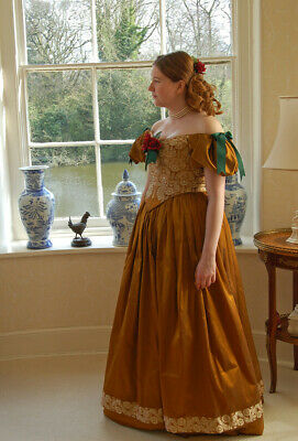 Mid Victorian Ball Gown Gold Dress Costume 1850 S Reproduction F Ebay