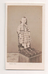 Vintage-CDV-French-Aristocratic-Girl-Charles-Photo-Bordeaux