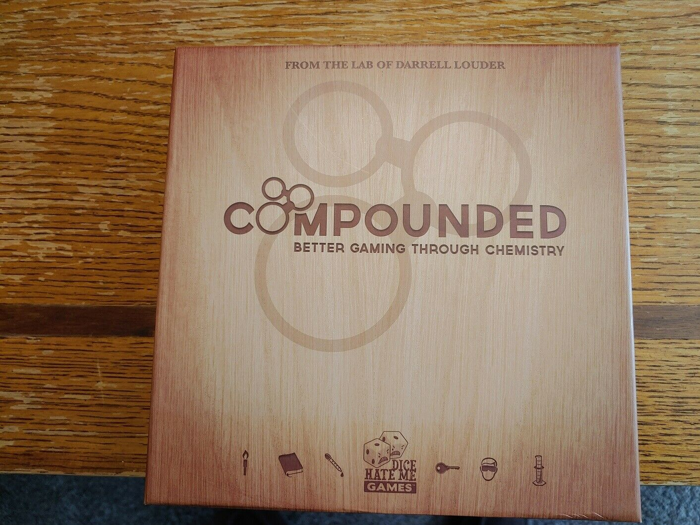 s l1600 - Compounded Board game & three expansions (Chemical Chaos, Geiger Counter, Metham