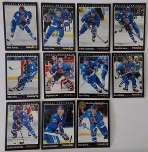 1993-94-Pinnacle-Quebec-Nordiques-Team-Set-of-11-Hockey-Cards